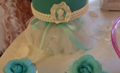 Wedding Cake verde Tiffany con cameo. Elegante.