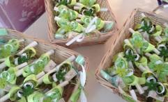Bomboniere sui toni del verde…con cestini decorati a tema!