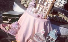 Decorazioni del tableau mariage.